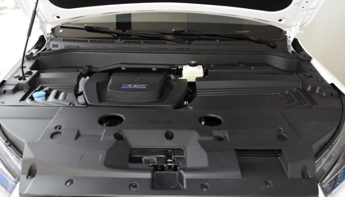 5t涡轮增压发动机,具备高效涡轮技术,涡轮在1000rpm开始介入,1750rpm