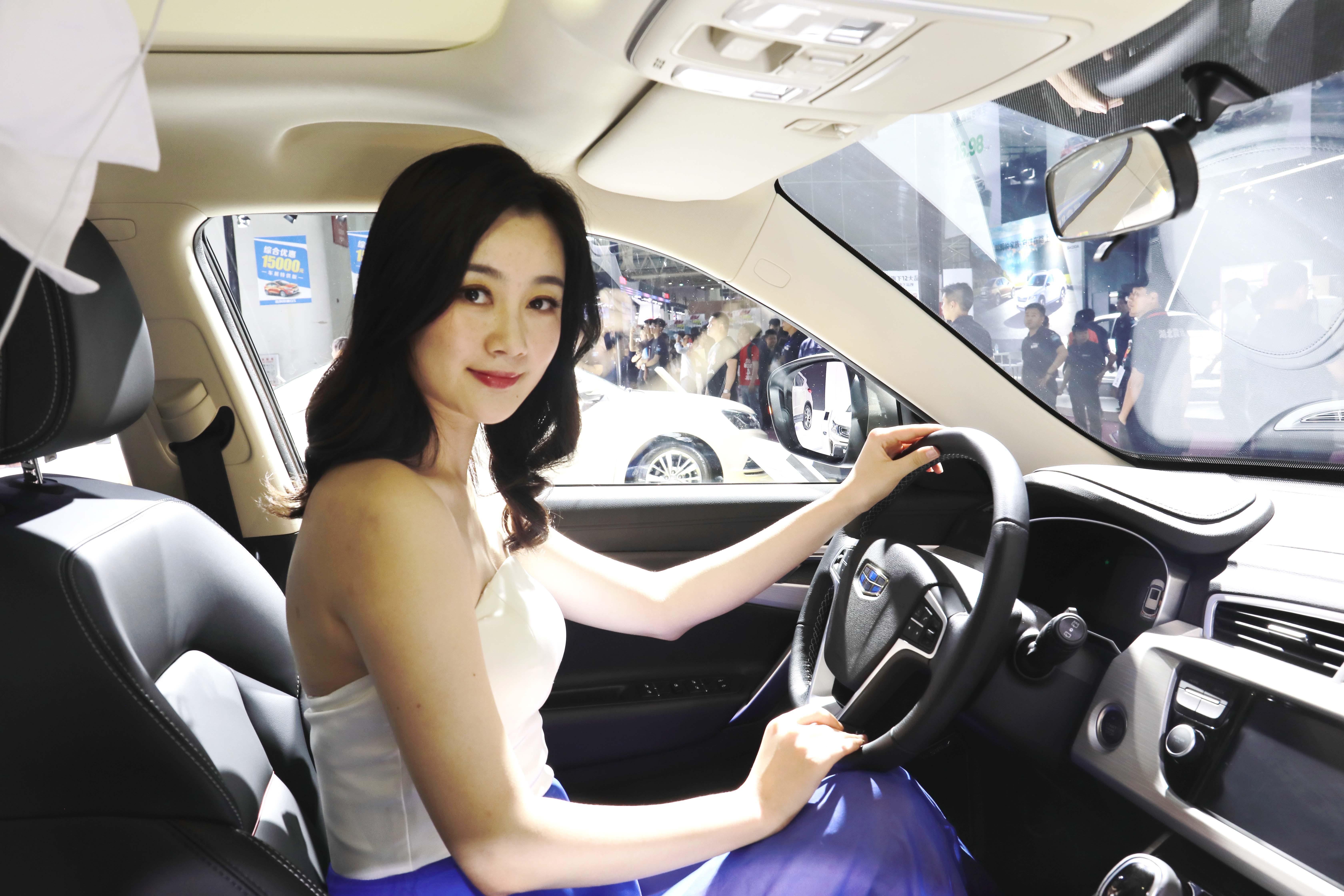 性爱网站囹�a�l#�+_0l,1.8td两种排量共9款车型,售价9.88-15.